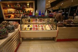 طراحی-دکوراسیون-شیرینی فروشی-بستنی-ستارخان5