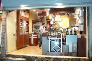 طراحی-کافه-دکوراسیون-تجهیز-یخچال-فنجون3