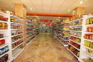 طراحی-تجهیزات-فروشگاهی-اندیشه1