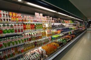 طراحی-قفسه های-سوپرمارکت-یخچال-ایستاده-ولنجک1