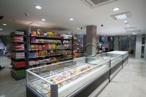 طراحی-قفسه-فروشگاهی-فریزر خوابیده-لاهیجان2