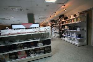 طراحی-قفسه-فروشگاهی-لاهیجان5