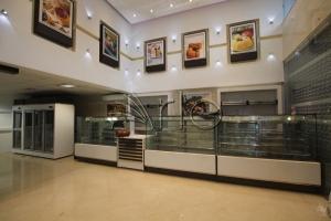 طراحی-دکوراسیون-شیرینی فروشی-تجهیز-لنگرود1