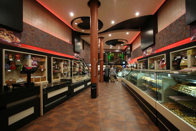 طراحی-تجهیز-شیرینی فروشی-دکوراسیون1