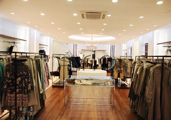 قفسه-بندی-پوشاک-لباس-استند-فروشگاهی13