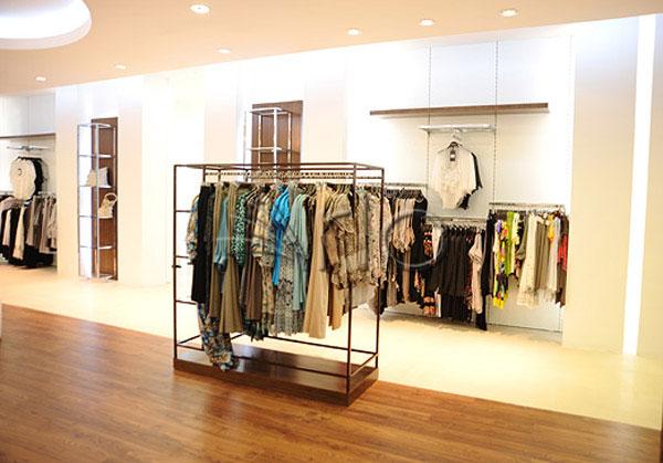 قفسه-بندی-پوشاک-لباس-استند-فروشگاهی14