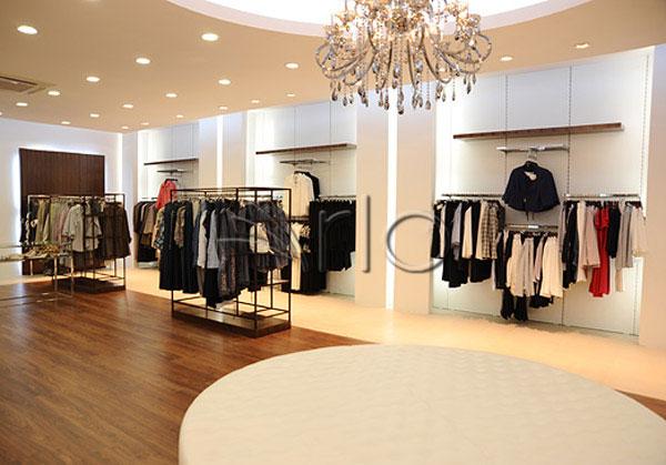 قفسه-بندی-پوشاک-لباس-استند-فروشگاهی15