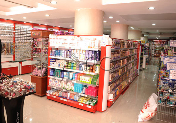 قفسه-بندی-آرایشی-بهداشتی-فروشگاهی-هایپرمارکتی17