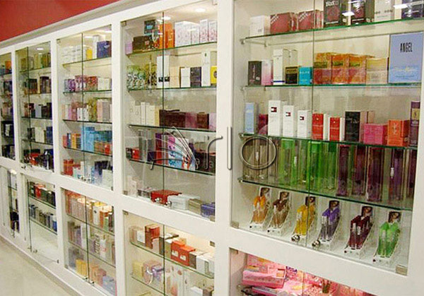 قفسه-بندی-آرایشی-بهداشتی-فروشگاهی-هایپرمارکتی19